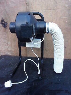 VENT AXIA -  4 INCH / 100 Mm DIAMETER EXTRACTION FAN - VERY GOOD WORKING ORDER • 192£