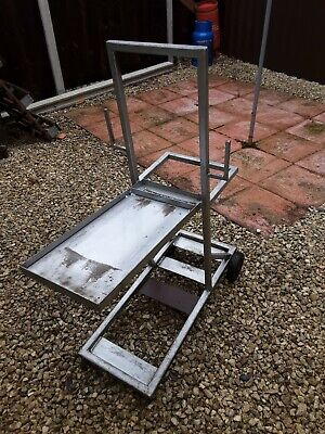 Welders Trolley No Longer Required 100% To Charity • 15£