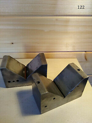 A Pair Of Steel Matched V Blocks • 10£